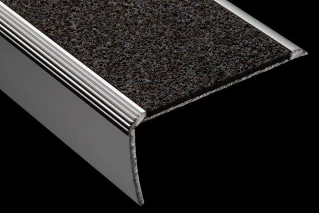Nez de marche aluminium polymere antiderapant S39S59